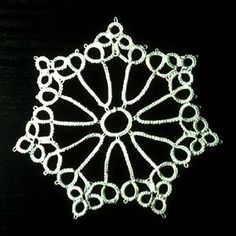 7 point star - simple pattern.  Maybe use to make tablecloth...would be very pretty placed on darker wood.