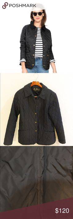"""Women's Barbour classic quilted jacket. This is the classic U.k brand Barbour quilted jacket. The jacket is in excellent condition. The lining has some very light discoloration, but it's hard to see.  Chest measures 20"""" length is 26 1/2 inches. This jacket has a quilted collar, not the courderoy collar. This jacket is amazingly soft and great for cold weather. One spot with loose stitching. Fourth photo. Barbour Jackets & Coats"""