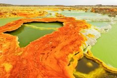 Dallol sulphur hot spring and associated mineral formations, Dallol is a volcanic explosion crater (or maar) in the Danakil Depression, Afar Region State, Ethiopia Monte Everest, Rift Valley, Hot Springs, Fossils, Geology, Africa, Waves, World, Surf Girls