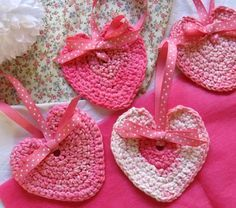 Free Crochet Pattern for Hearts~ these would be cute hanging from a branch stuck in a painted flower pot for a centerpiece or decoration for Valentines. (ALSO, LINK TO FREE PATTERN FOR HEART COASTERS TOO!)
