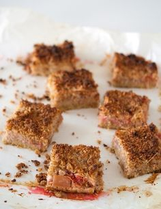 » Carrés fraise-rhubarbe | Clea cuisine (sans gluten)