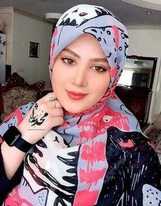 Muslim Girls, Beautiful Hijab, Girl Face, Woman, Fashion, Pictures, Moda, Fashion Styles, Women