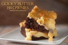These brownies are a delicious spin on the classic gooey butter cake recipe. Cookie Desserts, Just Desserts, Delicious Desserts, Dessert Recipes, Cake Recipes, Eat Dessert First, Dessert Bars, Brownies Recipe No Butter, Gooey Cake