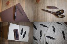 Bom tem que ser beeeeem criativo pra conseguir fazer mas é bem simples, desenhe a pena ou o que quer, grude em algo pode ser uma barrinha de madeira ou uma esponja , molhe na tinta e carimbe o tecido.