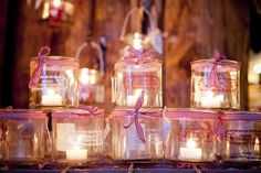 E' tutto uno sfavillio di luci  #christmas #winter #magic #lights #candles #tealight #jars