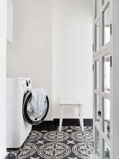 Simply adore the tile floor of this Swedish 3.5 room apartment!