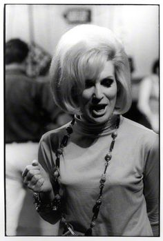 Dusty Springfield by Val Wilmer