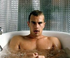 A collection of sexy photos and a fun facts about actor Theo James of the Divergent series, Golden Boy, and Bedlam. Divergent Theo James, Divergent Tris, Insurgent, Theo Theo, Cute Actors, Tumblr, Attractive Men, Man Crush, Tom Hiddleston