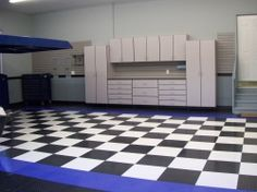 Interlocking garage floor tiles have been around for a while now and really aren't all that new. Lately though, they have been gaining huge momentum as the flooring of choice among homeowners. Almost everyone who has a garage wants to improve. Garage Loft, Garage Shop, Garage Storage, Garage Floor Tiles, Tile Floor, Stainless Steel Kitchen Faucet, Cool Garages, Color Tile, Tile Design