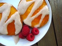 GF Recipe: Warmed Mango Halves with Cinnamon Yogurt Sauce