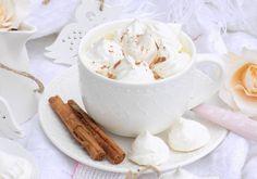 Gorąca czekolada z bezikami i cynamonem. Tableware, Dinnerware, Dishes