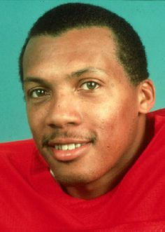 Lawrence McGrew started in twoRose Bowls. During the first round of the1980 NFL Draft, he was selected by the New England Patriots as anoutside linebacker. he wasborn in Berkeley, California. McGrew played for theNational Football LeagueNew England PatriotsandNew York Giantsbetween 1980 and 1990. He helped New England reach theSuper Bowlin 1986 and earned achampionship ringwhen New York beat Buffalo inSuper Bowl XXV.