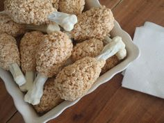 Turkey Leg Rice Krispie Treats. Such a cute idea for Thanksgiving!!