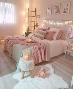 Best 27 Room Decor Bedroom Design Ideas For Your Inspiration Bedroom Decor For Teen Girls, Cute Bedroom Ideas, Room Ideas Bedroom, Girl Bedroom Designs, Home Decor Bedroom, Diy Bedroom, Bedroom Inspiration, Decor Room, Bedroom Inspo