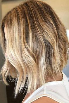 Fabulous Shoulder Length Bob Hairstyles To Find Your Happy Medium ★ See more: http://lovehairstyles.com/shoulder-length-bob-hairstyles/