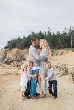 sierra rose photography | family | couple | coastal, airy shoot | instagram: @sierrarosephotography