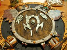 World of Warcraft Horde Cake :D I don't know any picture that can sum up my future inlaws more than this.