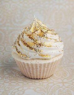 #cupcake #sparkle #cute #camillelavie