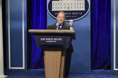 Melissa McCarthy was the perfect choice to play White House's Sean Spicer on SNL #fun  https://www.washingtonpost.com/news/arts-and-entertainment/wp/2017/02/05/melissa-mccarthy-was-the-perfect-choice-to-play-white-houses-sean-spicer-on-snl/