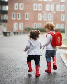 Encouraging Sibling Relationships by popular Boston mommy blogger Elisabeth McKnight