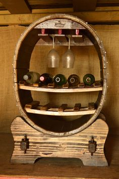 Queen of Hearts bottle holder — King Barrel Wine Glass Holder, Bottle Holders, Whiskey Barrel Furniture, Barrel Projects, Door Knobs And Knockers, Diy Bed Frame, Wood Headboard, Creative Decor, Bars For Home