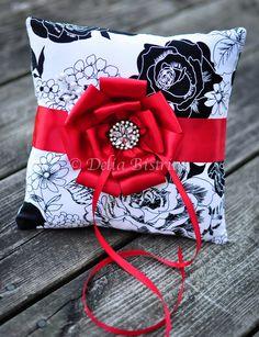 Ring Bearer Pillow Pattern | Ring Bearer Pillow, Bridal / Wedding pillow White / Black / Red Damask ...