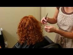 How to cut curly hair