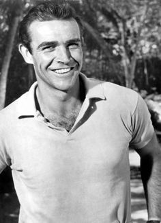 Sean Connery was so handsome when he was young! WOW