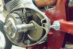 Jawa 350, Motorcycle Engine, Cars And Motorcycles, Motorbikes, Yamaha, South Africa, Engineering, History, Vintage