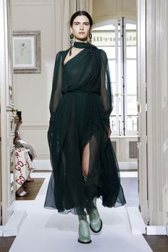 Schiaparelli Fall Winter 2017 Couture Fashion Show Paris