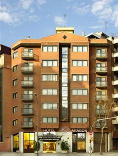En pleno centro de Barcelona, el Hotel Catalonia Aragón te permitirá alojarte cerca de la actividad de la Ciudad Condal.