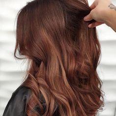 11 Red Hot Auburn Hair Color Ideas and Formulas