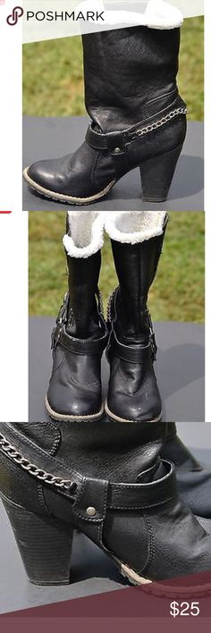 Black Fur Lined Black Moto Boots Faux Leather Moto Boots in EUC ! Size 9, fits more like an 8.5 in my opinion if you have wider feet or arthritis! Last 3 pics to show different style options, so adorable! Shoes Combat & Moto Boots