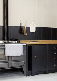 A Kitchen for the People, Courtesy of Prince Charles - Remodelista Plain-English-British-Standard-Kitchen comes with iroko,oak or sycamore wood worktop surface Kitchen Inspirations, Beautiful Kitchens, British Standard Kitchen, Interior, Home, Kitchen Stove, Kitchen Remodel, House Interior, Modern Kitchen Design
