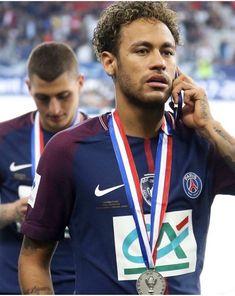 Neymar Football, Sport Football, Paris Saint Germain Fc, Neymar Psg, Perfect Man, Boyfriends, Samsung, Lifestyle, Random