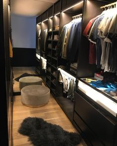Closet Vanity, Wardrobe Closet, Room Closet, Master Closet, Ravens Home, Walk In Closet Design, Dressing Room Design, Ikea Pax, Bedroom Ceiling