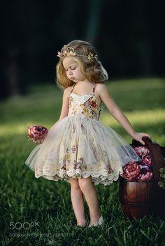 Floral Dress by http://bigappleorganizers.com/