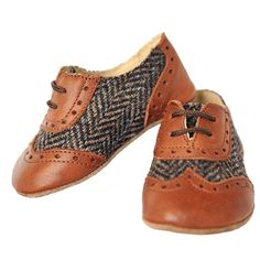 BROWN BABY LEATHER LACE-UPS for little dandies from www.kidsandcouture.com - I'm thrilled