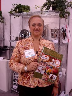 A thrill to meet Lidia at the Gourmet Home and Housewares Show in Orlando in 2006.