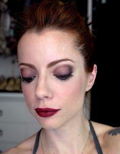 Julia Petit Passo a Passo Meio Frances Bean Maquiagem