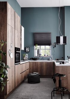 Ideas kitchen small industrial islands for 2019 Kitchen Decor Items, Kitchen Themes, Kitchen Ideas, Small Kitchens With Peninsulas, Industrial Kitchen Island, German Kitchen, Kitchen Showroom, Buying A New Home, Kitchen Fixtures