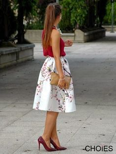 This skirt is cute! Floral Print High Waisted Midi Skirt