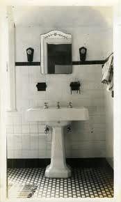 1930's Bathroom on Pinterest | 1930s Bathroom, Tile and ...