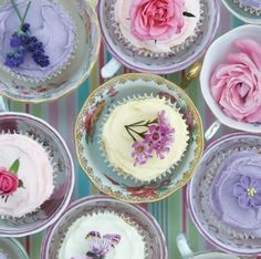 Edible Flowers for Your Wedding 6 | Another list of edible flowers! This one has recipes. I just can't resist...