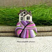 брошь домик из полимерной глины