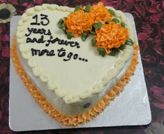 An elegant cake with the richness of cream cheese. Carrot And Walnut Cake, Carrot Cake, Marriage Anniversary Cake, Spice Cake, Elegant Cakes, Occasion Cakes, Cream Cheese Frosting, Celebration Cakes, Doughnuts