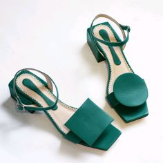 Fancy Shoes, Pretty Shoes, Cute Shoes, Me Too Shoes, Aesthetic Shoes, Slingbacks, Shoe Collection, Summer Shoes, Leather Sandals