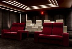 Look at this amazing Home Theatre project with Vismara Italian Cinema Chairs which create a really interesting intimate atmosphere. Home Theater Room Design, Home Theater Rooms, Cinema Room, Home Theatre, Home Cinema Seating, Cinema Chairs, Basement Bar Designs, Home Bar Designs, Basement Ideas