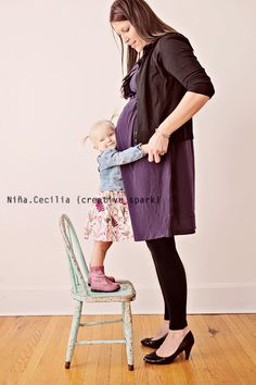 mother and daughter #maternity #family #children #photography #poses |Pinned from PinTo for iPad|