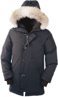 Canada Goose montebello parka replica discounts - Daniel Craig looking cozy in his Chilliwack Canada Goose Bomber ...